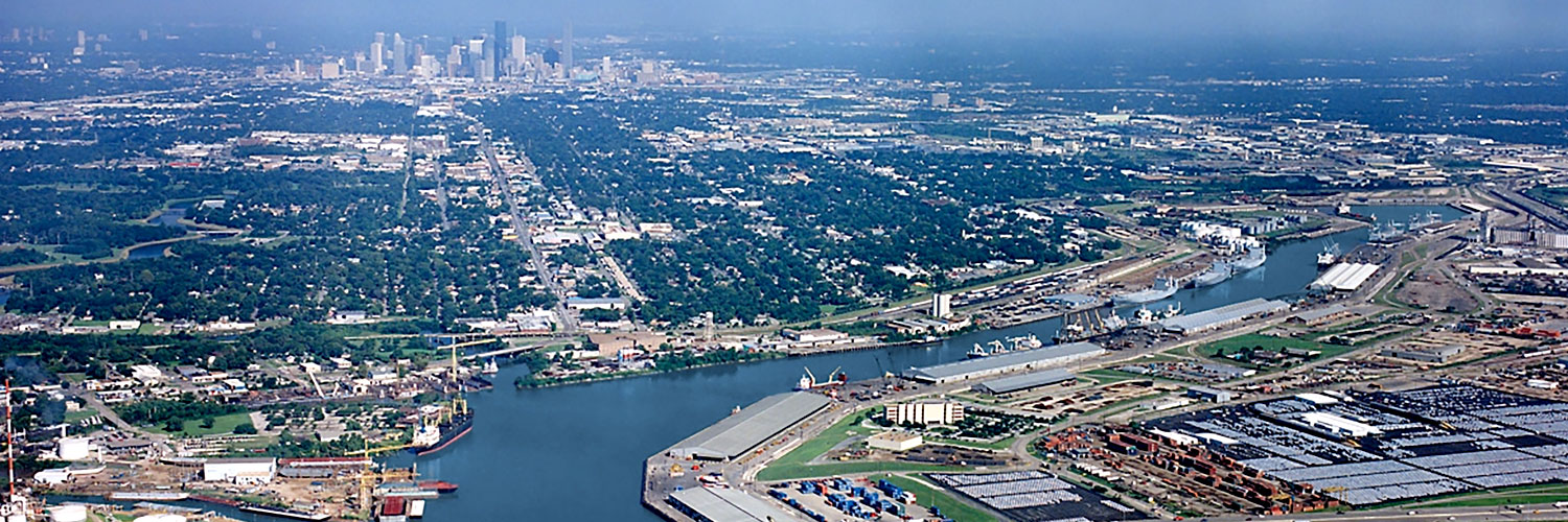 Houston Industrial Commercial Real Estate Market Data and Economic Information - Port of Houston with Skyline